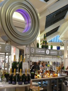 360 Champagne Bar, in platinum mall in the MetroCentre in Gateshead. Copyright Soult's Retail View