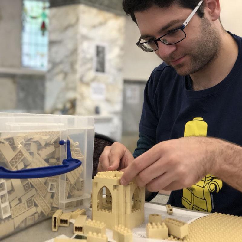 LEGO model design & commissions